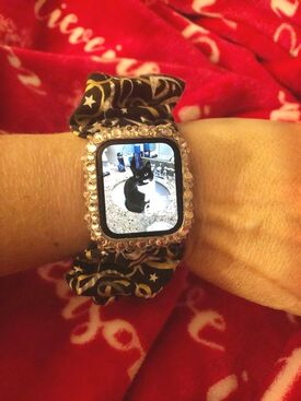 Apple watchband scrunchy for your wrist